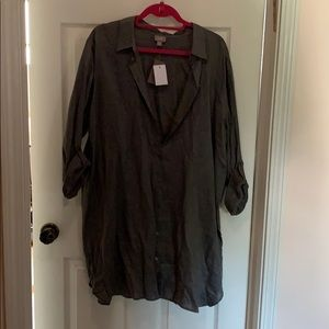 NWT j.jill button down tunic